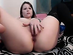 Amateur nubile girl frolicking her ass and pussy on webcam