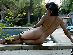 Clean-shaven pussy teen centerfolds undressing bare outdoor