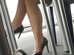 Candid soles and heels at work #13